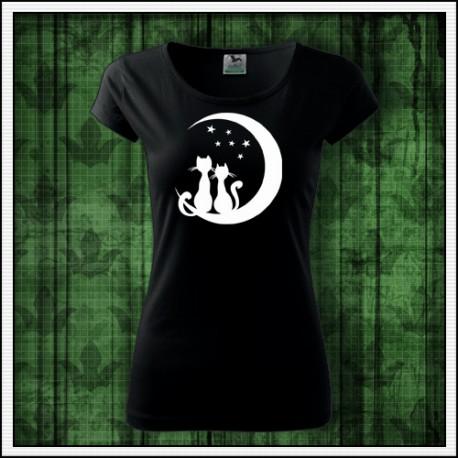 e3789feea71d Dámske svietiace tričko Mačky sediace na mesiaci