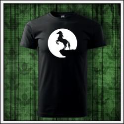 Unisex svietiace tričko Kôň