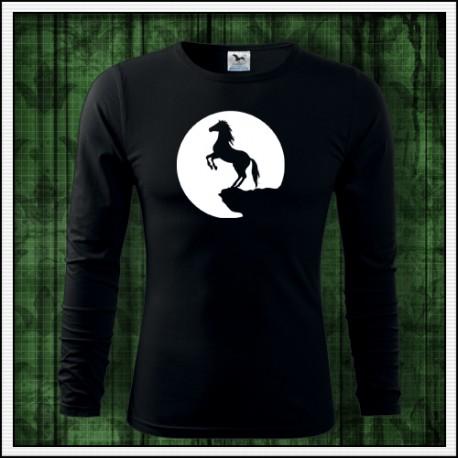 svietiace tričko s potlačou Koňa