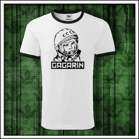 Unisex dvojfarebné tričko Gagarin prvý človek ktorý letel do vesmíru